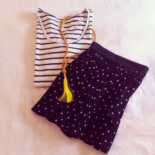 Simple Stripes and Perfect Polka Dots, too easy! Add a tassel necklace for a POP of colour.